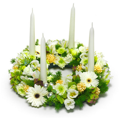 white christmas centerpieces with candles - White Christmas Flower Decorations